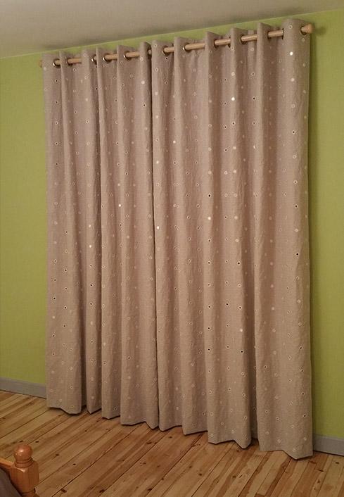 confection sur mesure de rideaux doubles rideaux et voilages en auvergne. Black Bedroom Furniture Sets. Home Design Ideas